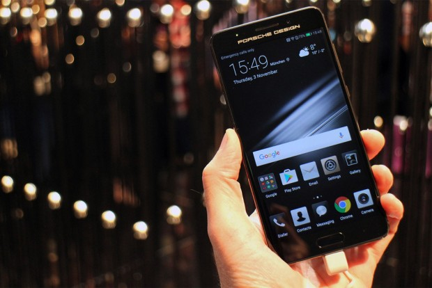 بزرگترین سازنده گوشی هوشمند جهان
