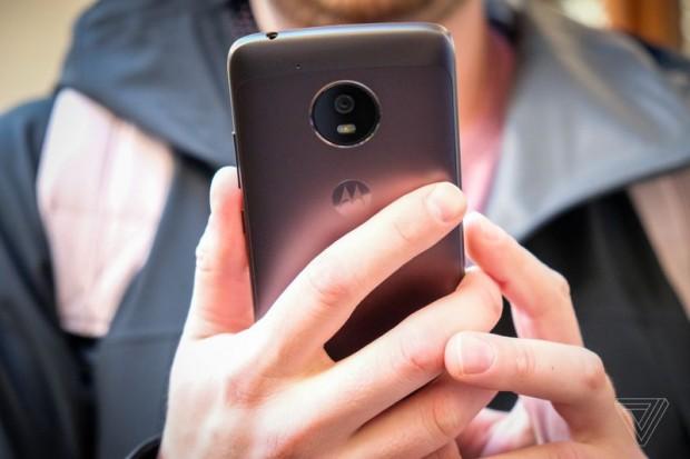 گوشی های موتو جی 5 و جی 5 پلاس معرفی شدند؛ قیمت و مشخصات