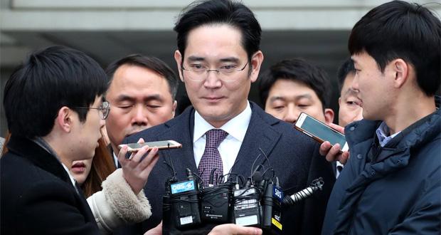 رسوایی بزرگ مدیر عامل سامسونگ ؛ لی جای-یونگ سرانجام به زندان افتاد