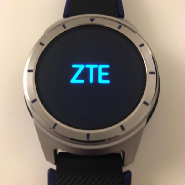 تصاویر زنده ساعت هوشمند ZTE Quartz به بیرون درز کرد