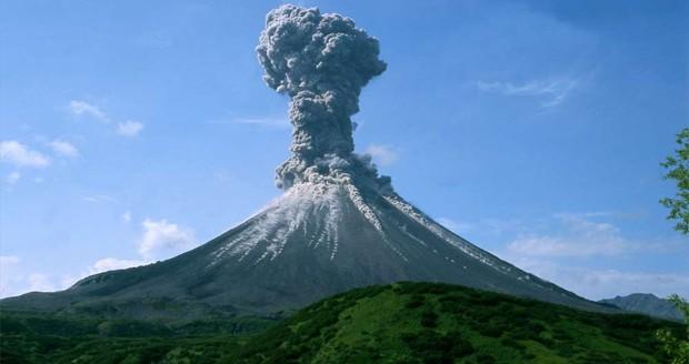 فعل و انفعالات جدید آتشفشان قله دماوند و احتمال فوران آن + ویدیو