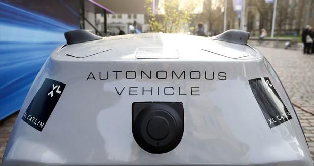 شبیه سازی اتومبیل های خودران