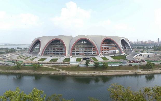 تصاویری جالب و عجیب از بناهای عظیم کره شمالی -May Day Stadium
