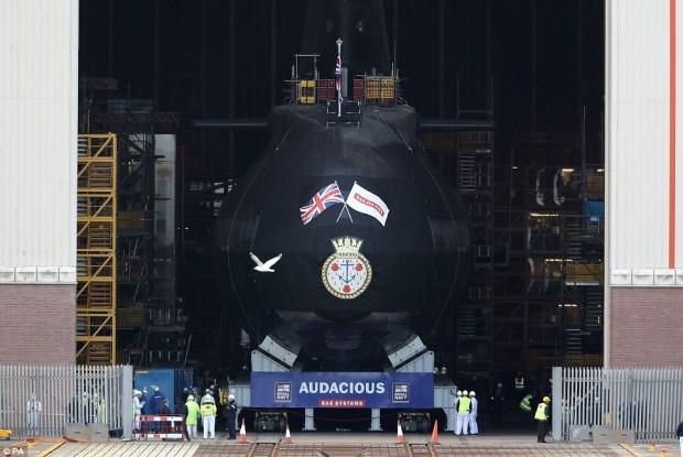 زیردریایی هسته ای انگلیس