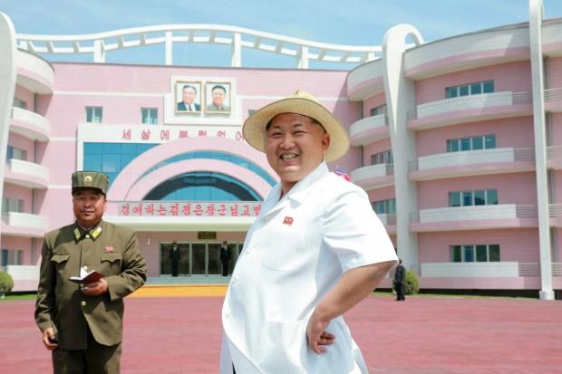 تصاویری جالب و عجیب از بناهای عظیم کره شمالی -Wonsan