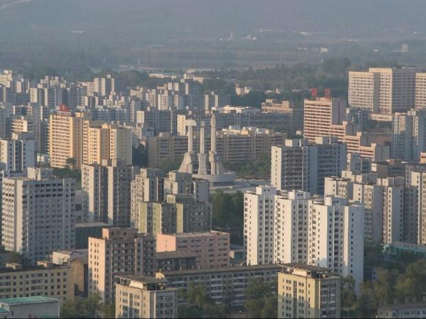تصاویری جالب و عجیب از بناهای عظیم کره شمالی