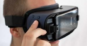 هدست Gear VR مستقل سامسونگ با نمایشگر OLED و وضوح بالا در دست تولید است