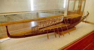 قایق خورشیدی باستانی در مصر