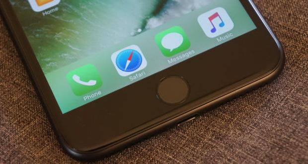 طراحی نسل اول گوشی آیفون