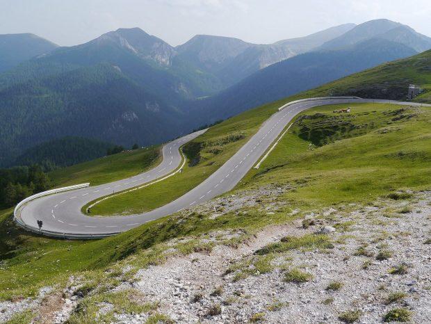 11 مورد از زیباترین جاده های اروپا و مناظر دیدنی این مسیرها