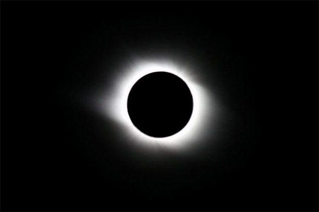 خورشید گرفتگی تاریخی