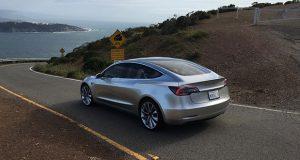 رویداد تحویل اتومبیل های تسلا مدل 3