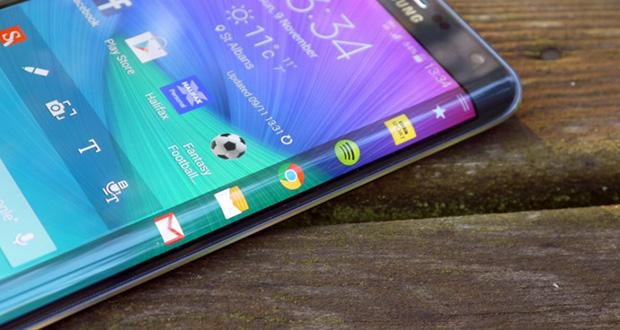 صفحه نمایش خمیده محبوب ترین نوع نمایشگر در بین کاربران است (نتایج نظرسنجی)