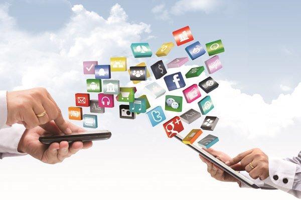 شبکه های اجتماعی خارجی