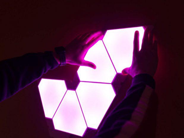 ماژول Aurora Rhythm پنلهای ال ای دی کمپانی نانولیف را با موزیک هماهنگ میکند