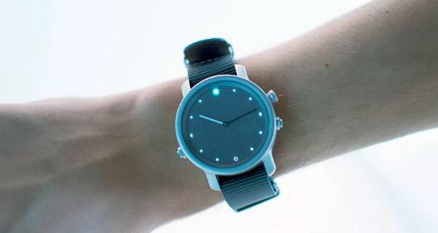 ساعت هوشمند Lunar از انرژی خورشیدی برای عمر باتری قابلتوجه خود استفاده میکند (ویدیو)