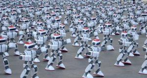 رکورد رقص دسته جمعی روبات ها در گینس