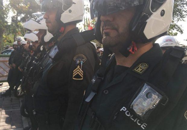 لباس پلیس دوربین دار