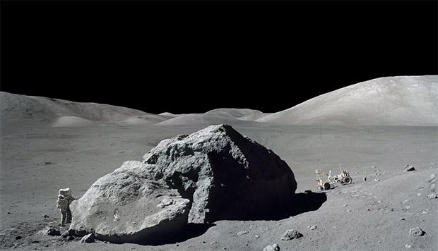 عدم بازگشت انسان به ماه