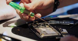 ترفندهای تعمیر گوشی که به هیچ وجه نباید در خانه انجام شوند