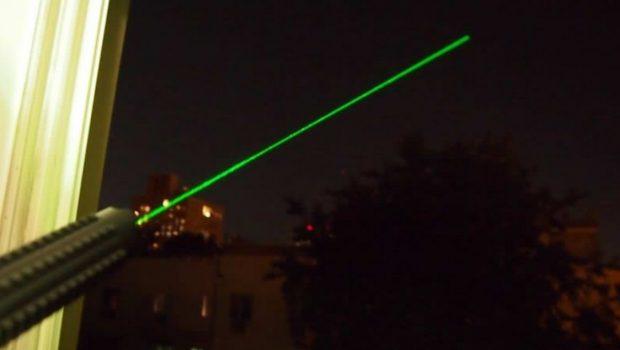 حمله با لیزر ، روشی جدید برای آسیب رساندن به هلیکوپترهای پلیس