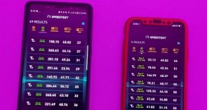 مقایسه سرعت دانلود آیفون 10 و گلکسی نوت 8