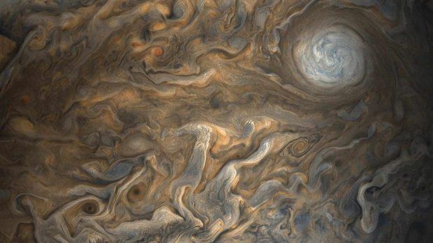 تصاویر جدید سیاره مشتری ؛ شگفتیهای این غول گازی از دید فضاپیمای جونو