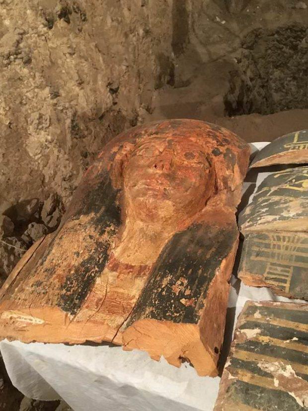 کشف مومیایی 3500 ساله و چند گنجینه در مقبره فراموششده مصر باستان