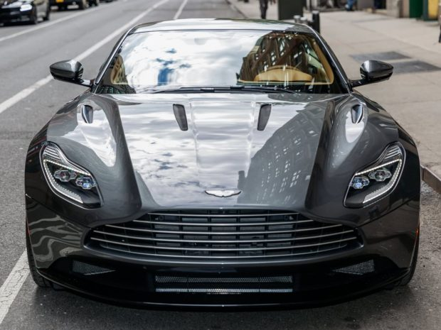 زیباترین خودروهای سال 2017