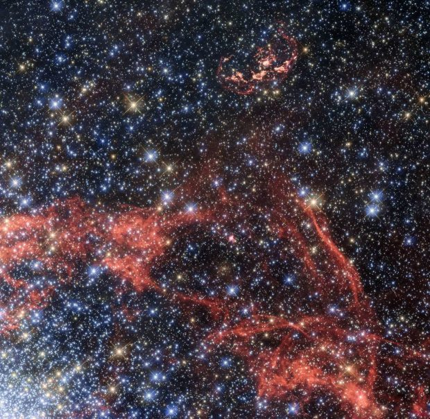 بهترین تصاویر فضایی سال 2017 ؛ دنیایی غیرقابلتصور در خارج از جو سیاره