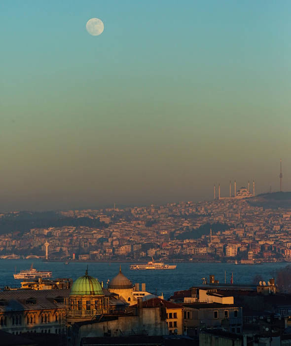 عکس های ماه گرفتگی 11 بهمن