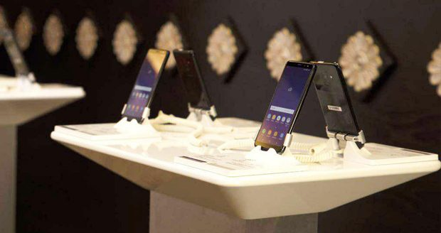 گوشی های سامسونگ گلکسی A8