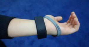 دستبند Sgnl امکان برقراری مکالمه با انگشتان دست را فراهم میکند!