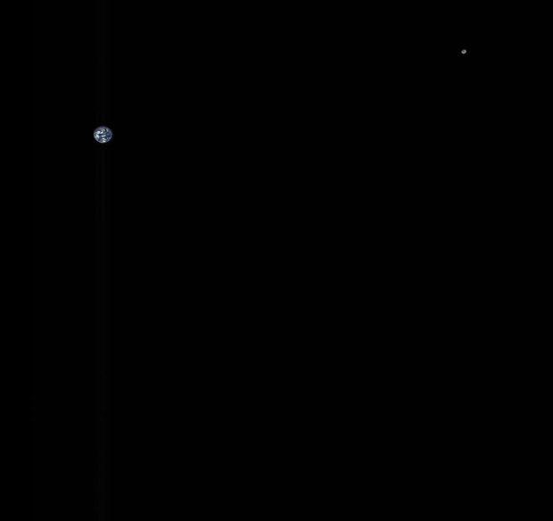 شگفتی دنیای ستاره شناسی با ثبت تصویر زمین و ماه از فاصله میلیونها کیلومتر