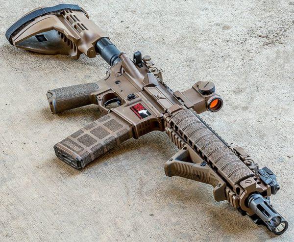 اسلحه AR-15