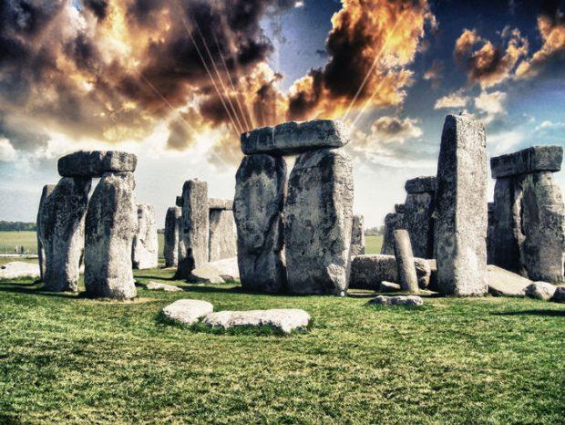45 آثار باستانی مرموز که ردپای حضور موجودات فضایی در آنها وجود دارد!