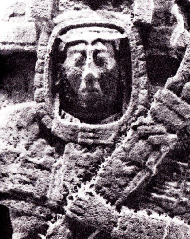 معرفی 10 مورد از اشیا باستانی مرموز و عجیبی که به موجودات فضایی ربط داده شدهاند!