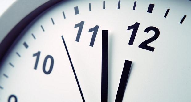 آیا تاخیر 6 دقیقهای ساعت های اروپا حاصل نوعی شکاف در تار و پود فضا زمان است؟!