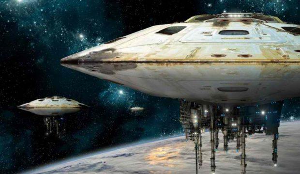 دانشمند ناسا از وجود سفینه موجودات فضایی در حلقههای زحل خبر میدهد!