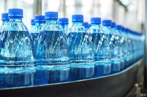 مقدار قابلتوجهی ذرات ریز پلاستیک در آب معدنیها وجود دارد!