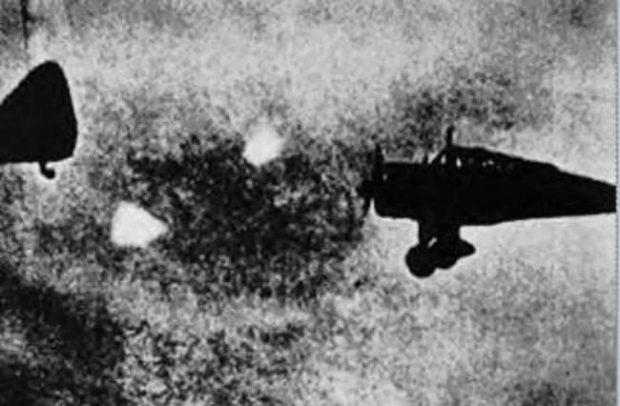 با پدیده اسرارآمیز فو فایترها یا همان یوفوهای جنگ جهانی دوم آشنا شوید!