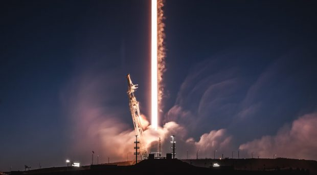 قوی ترین موشک فالکون 9 اسپیس ایکس ماهواره بنگلادش را به فضا برد