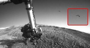 آیا عکس یوفو مریخی وجود حیات بر روی سیاره سرخ را تایید میکند؟!+ویدوی