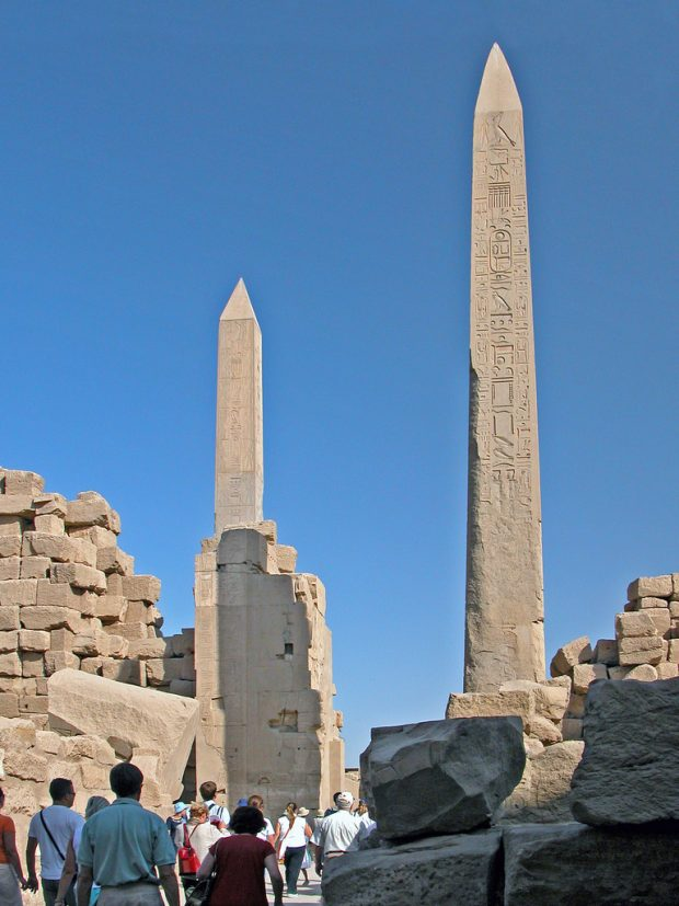 بزرگترین ستون های سنگی دوران باستان