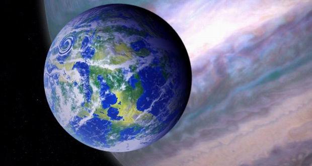 قمر سیاره فراخورشیدی