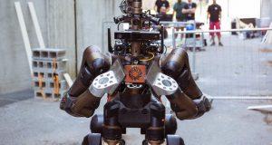 ربات امداد و نجات Centauro