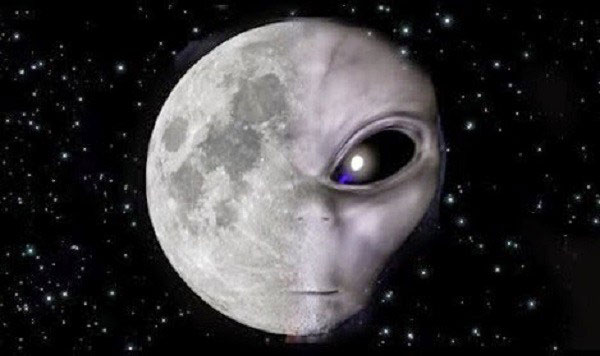 امکان حیات بر روی ماه
