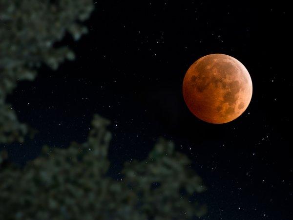 طولانی ترین ماه گرفتگی قرن