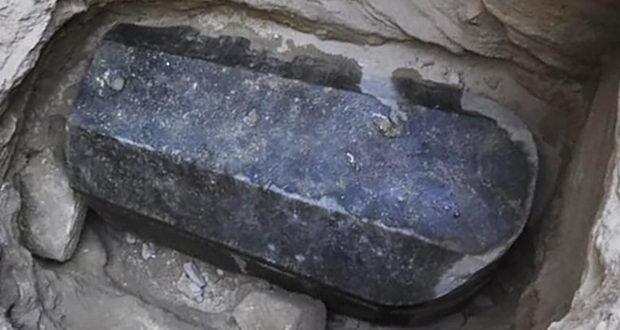 تابوت باستانی
