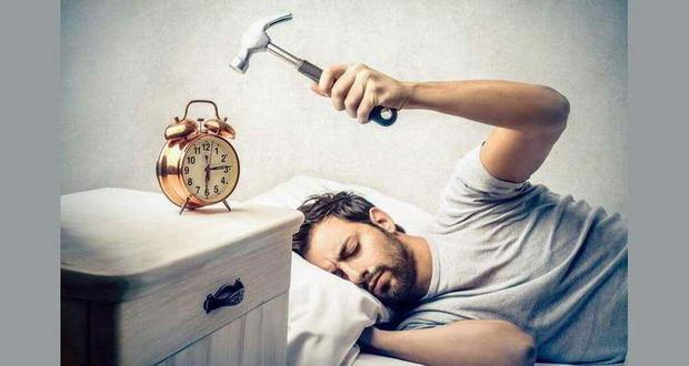 بیدار شدن از دنده چپ